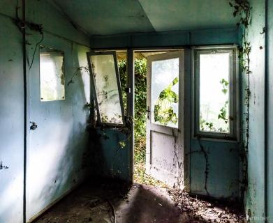 abandoned_01_03