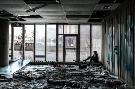 abandoned_13_01