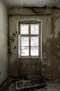abandoned_14_04