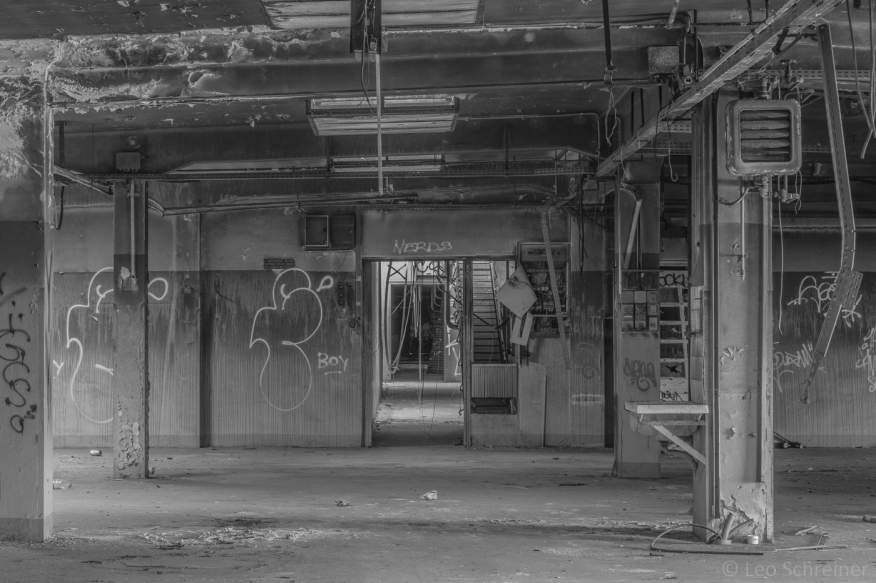 abandoned_22_03