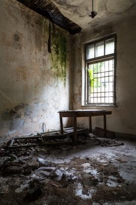 abandoned_25_04