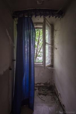 abandoned_27_03