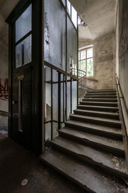 abandoned_29_04