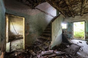 abandoned_42_03